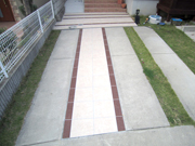 タイルを使ってアプローチをデザイン – 大阪府富田林市 O様邸の詳細はこちら