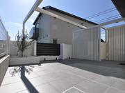 プライバシーを確保したもう一つのリビング – 大阪府豊中市 S様邸の詳細はこちら