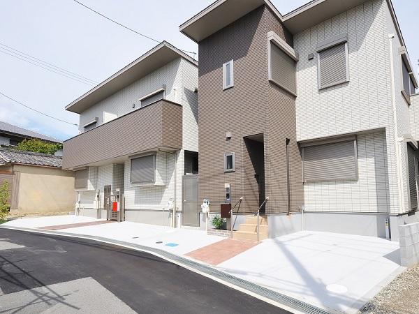 敷地を最大限に活かした集合住宅のエクステリア – 大阪府豊中市T様邸