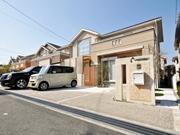 メンテナンスフリーなアプローチ、車庫廻り - 大阪府箕面市K様邸の詳細はこちら