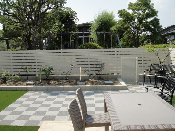 バラを楽しむ庭にリフォーム ー 大阪府吹田市S様邸