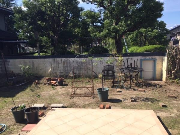 バラを楽しむ庭にリフォーム ー 大阪府吹田市S様邸の施工前