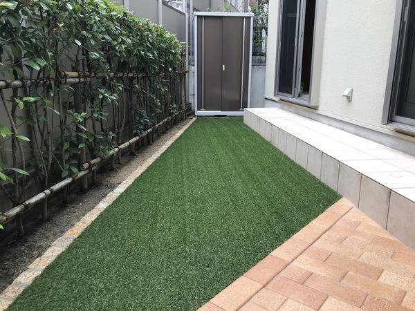 人工芝で明るい快適なお庭に変身- 大阪府豊中市T様邸
