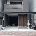 玄関前と駐輪場をテラス屋根でカバー