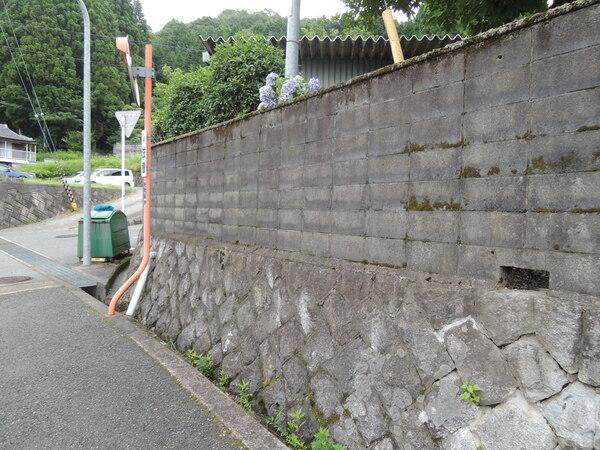 ブロック塀改修工事- 大阪府豊能郡K様邸の施工前