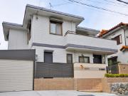 ガレージスペースが使いやすいリフォーム – 大阪府豊中市 F様邸の詳細はこちら