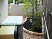モダン風 レンガ花壇のお庭 – 大阪府豊中市 I様邸の詳細はこちら