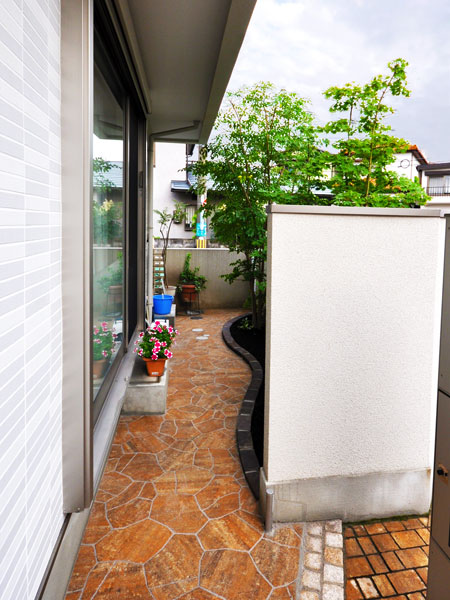 光と風が吹き抜ける庭空間へ – 大阪府豊中市 I様邸