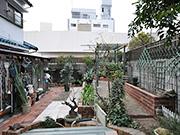 家族が集う庭空間へ – 大阪府豊中市 K様邸の詳細はこちら