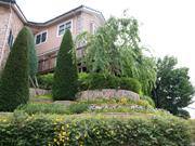 外構工事と植栽の年間管理をお手伝いしている – 大阪府豊中市 K様邸の詳細はこちら