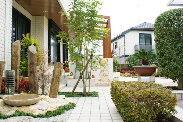 広いお庭を有効活用 ココマのオープンテラス – 大阪府豊中市 M様邸