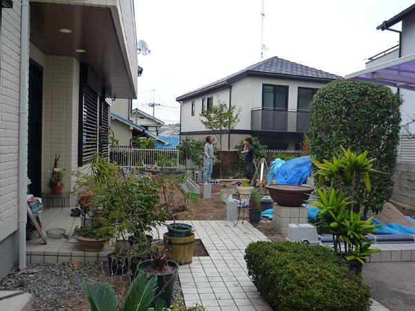 広いお庭を有効活用 ココマのオープンテラス – 大阪府豊中市 M様邸の施工前