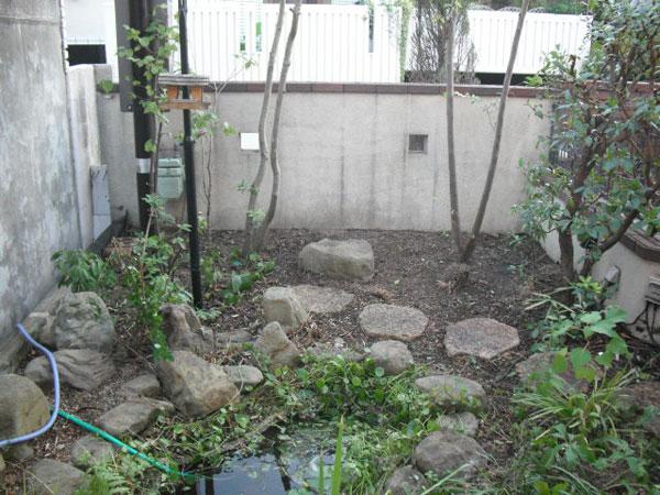 バードバスのある植物を楽しめるお庭 – 大阪府豊中市 M様邸の施工前