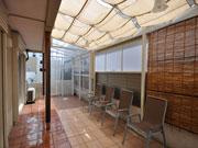 シェードとテラスで日除け&雨の心配がなくなった庭 – 大阪府豊中市 M様邸の詳細はこちら