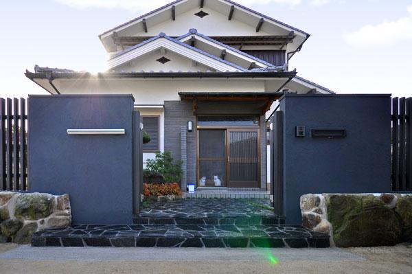 風格のある門構え – 大阪府豊中市 M様邸