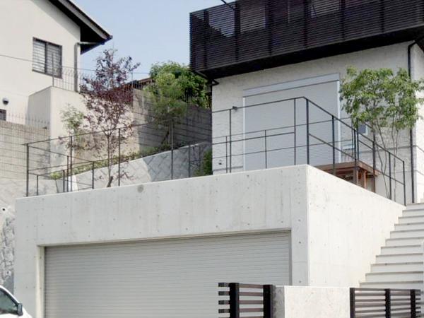 景色を取り込むガーデンフェンス – 大阪府豊中市 M様邸の施工前