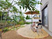 お嬢様が楽しく遊べるお庭 – 大阪府豊中市 O様邸の詳細はこちら