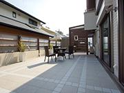 ローメンテナンスで花が咲く庭 – 大阪府豊中市 O様邸の詳細はこちら