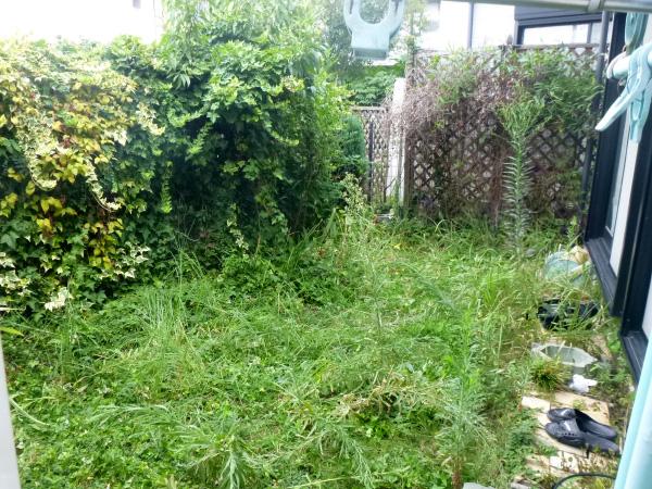 使えるお庭にリフォーム – 大阪府豊中市 Y様邸の施工前