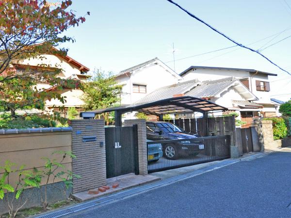 風格あるガレージリフォーム – 大阪府豊中市 Y様邸の施工前