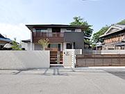 シンプルな和モダン外構 – 大阪府八尾市 D様邸の詳細はこちら