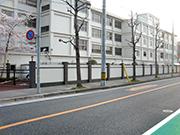 【外周工事:境界塀】伝統を感じさせる格式高い外観・明るく安全な構内へ – 兵庫県尼崎市 百合学院中・高等学校の詳細はこちら